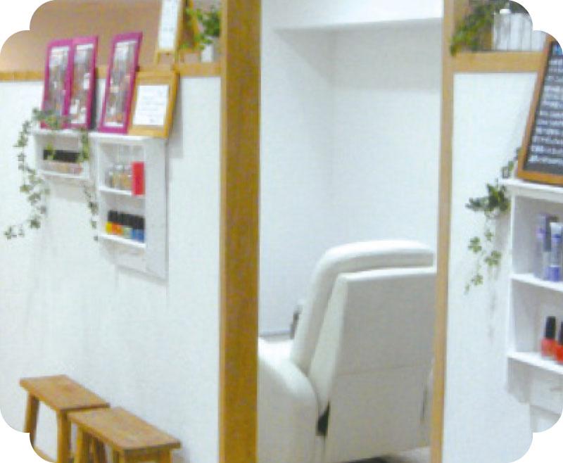 is interior design for me nail salon for me nail salon pinterest モデル・芸能人も通う隠れ家的ネイルサロン. Marvelous u003cマーヴェラスu003e。 スタッフの高い技術と、オリジナルパーツを使った他にはないデザイン が得意なサロンです。